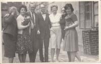 Henry David v Lobči, 1969 (Míla Bendová, Jiřina Knoblochová, Lucek Benda, HD, Marta Petrusová, Slávka Patočková, Hana Junová)