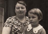 1936 Maminka s Evou