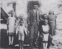 Rodina Anny Bařinové v roce 1935