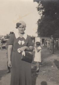 Matka Marta Kohnová, roz. Margoliusová (30. léta 20. století)