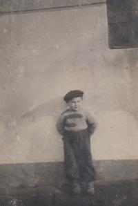 Zdeněk Kohn krátce před transportem (cca 1941)