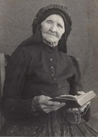 Prababička Josefa Uherová, roz. Čechová