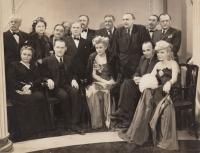 Karel Smrž s herci