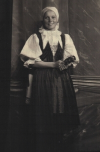 Olga in 1945 in a hundred-year-old Myjava traditional costume, photoshoot for the Myjava 1945-1950 leaflet