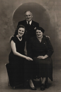 Ján's father and his second wife and stepsister Olga, probably 1960s, USA