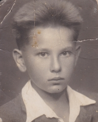 Mladší bratr Jiří, který byl u tragické smrti svého otce