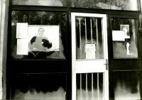 Vývěska ve Vysokém Mýtě, rok 1989