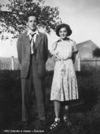 Znovu se sestrou, tentokrát vroce 1952