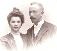 Hermína a Max Vohryzkovi