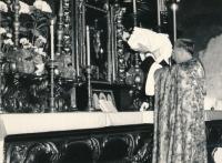 Křest Terezie, páter Reinsberg, Týnský chrám, 1961