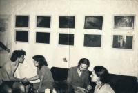 Demoliční večírek (manželé Hradilkovi vlevo), 80. léta