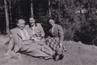 Leo Melcer s manželkou Edith a Hildou Hahnovou