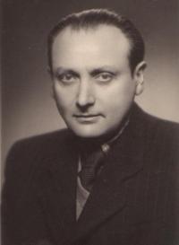 Leo Melcer, otec pamětnice