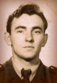 Bohuslav Šotola v roce 1954