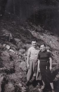 Viktor Fisch se sestrou Hildou