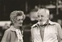 Věra a Otakar Hromádkovi, rodiče Jiřiny Novákové, ve Švýcarsku 1982