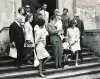 Na křtinách mladého Kratochvíla, 1968 nebo 1969