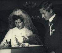 Vladimír Martinec na svatební fotografii z roku 1969