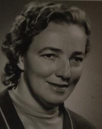 Emílie Klemová, witnesses's mother