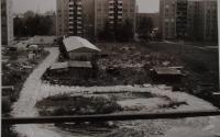 Pohled z okna – park Malého prince v Olomouci v roce 1993