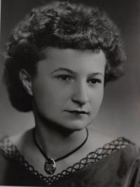 Jaroslava Jesenská, roz. Hanáková – dobová fotografie