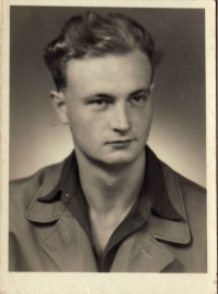 Jeden z hlavních členů odbojové skupiny Karel Vinický, počátek 50. let