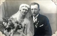 Aloisie Doležalová and František Dvořák, wedding in 1928