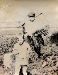 František Musil with her grandaughter Dagmar