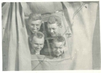 Bruno Brych s přáteli na vojně (konec 50. let)