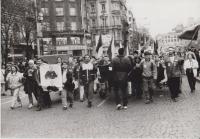 Stávkující na Václavském náměstí 1989