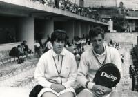 Vlasta Vopičková se svým bratrem Janem Kodešem na turnaji v Monte Carlu v roce 1965