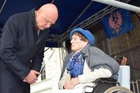 Jarmila Halbrštátová s Františkem Bobkem z ČSOL  v Moravské Třebové