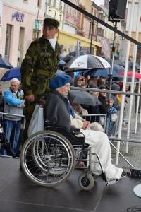 Jarmila Halbrštátová se účastní slavnostní vojenské přísahy v Moravské Třebové