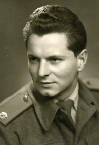 Vladimír Dvořáček na vojně, rok 1958