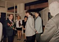 Václav Havel při návštěvě hotelu Václava Bruny v Českých Budějovicích (1994)