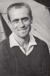 Josef Bubeník jako vedoucí na táboře, 1961,