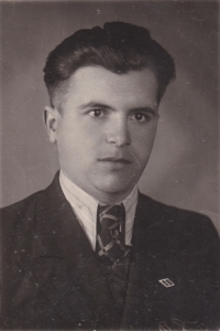 Husband Boris Hajný (1922–1996), who did forced labor in Germany Německu during the Second World War, here in a photograph taken right after the war