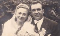 Wedding photograph of Jiřina a Boris Hajný, 1947