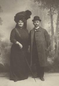 Jindřiška a František Zychovi, prarodiče Evy Štanclové
