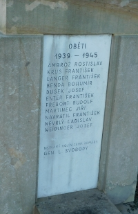 Jména obětí druhé světové války v Moravičanech