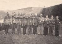Otec Josef Černý, člen revoluční gardy