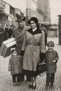 Rodina Kudrnáčova, 1950