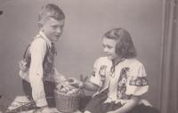 Iva s bratrem Miloslavem