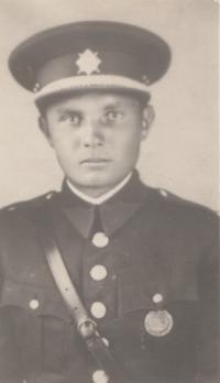 Strýc Adolf Černý, který spáchal sebevraždu