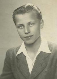 Zdeněk Brom portrét