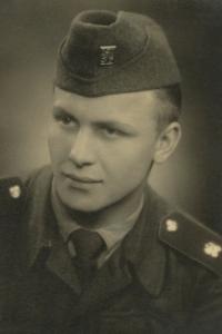Zdeněk Brom sloužil vojenskou službu v Terezíně