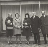 Manželé Štanclovi, 1971, vlevo od Evy teta Janková