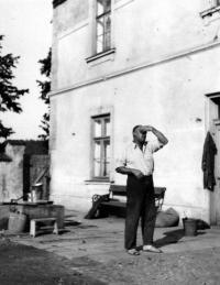 Otec Jiřího Bárty Bohuš / začátek 50. let
