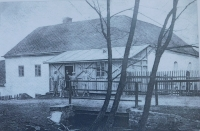 Původní mlýn v Doubravici, který později vlastnila rodina