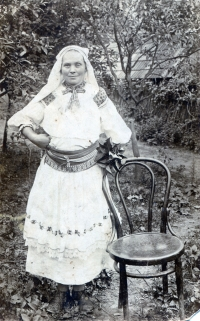 Albínova babka Zuzana Korbeľová, žila s nimi v Hornej Strednej